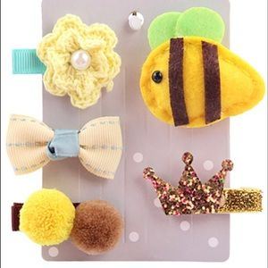 Other - 5 Pcs animal hair clips !